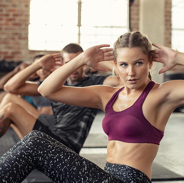 CORE Trabajarás todos los músculos estabilizadores desde la cadera, abdomen y musculatura baja de la espalda. Conseguirás un centro fuerte y estable.